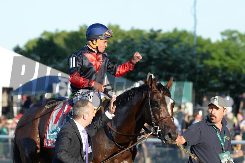 Tonalist wins the 2014 Belmont Stakes.<br /> Coglianese Photos/Adam Mooshian