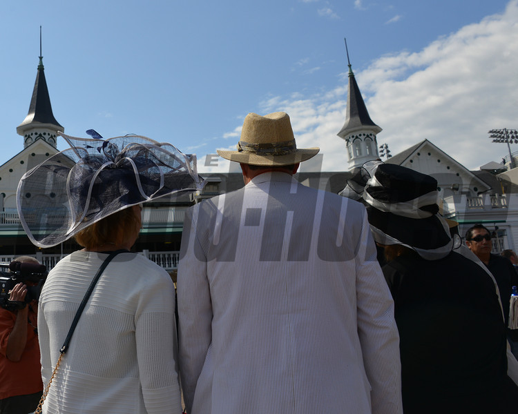 Scenes from around Churchill Downs on Kentucky Derby Day