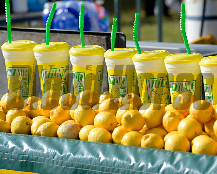 Caption: lemonade, fresh squeezed<br /> Scenes at Pimlico  in Baltimore, Md., on May 17, 2014.<br /> Scenes2  image251<br /> Photo by Anne M. Eberhardt