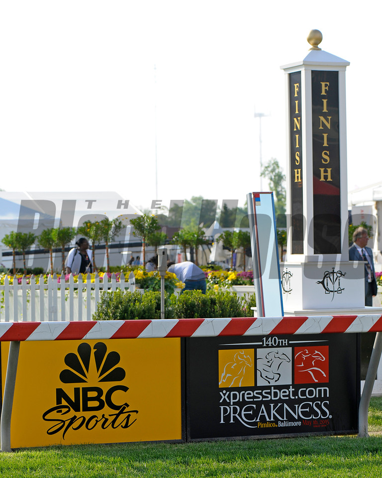 Caption:  <br /> Preakness day on May 15, 2015, at Pimlico in Baltimore, Md.<br /> Scenes2Sat image574<br /> Photo by Anne M. Eberhardt