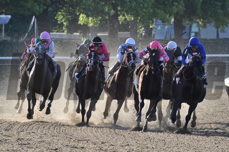 Sir Winston wins the 2019 Belmont Stakes<br /> Coglianese Photos/Robert Mauhar