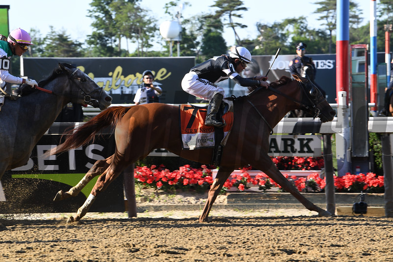 Sir Winston wins the 2019 Belmont Stakes<br /> Coglianese Photos/Susie Raisher