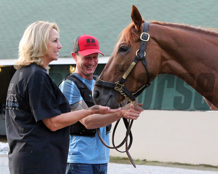 Allison McGaughey gives Code of Honor a mint at Churchill Downs on May 1, 2019. Photo By: Chad B. Harmon