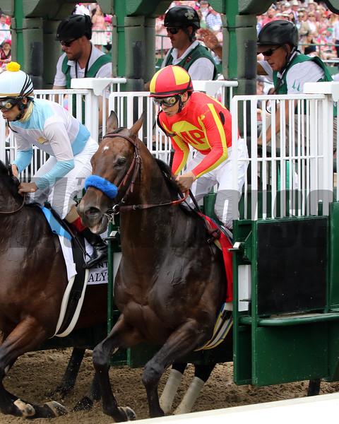McKinzie wins the the Alysheba Stakes Friday, May 3, 2019 at Churchill Downs. Photo: Chad B. Harmon