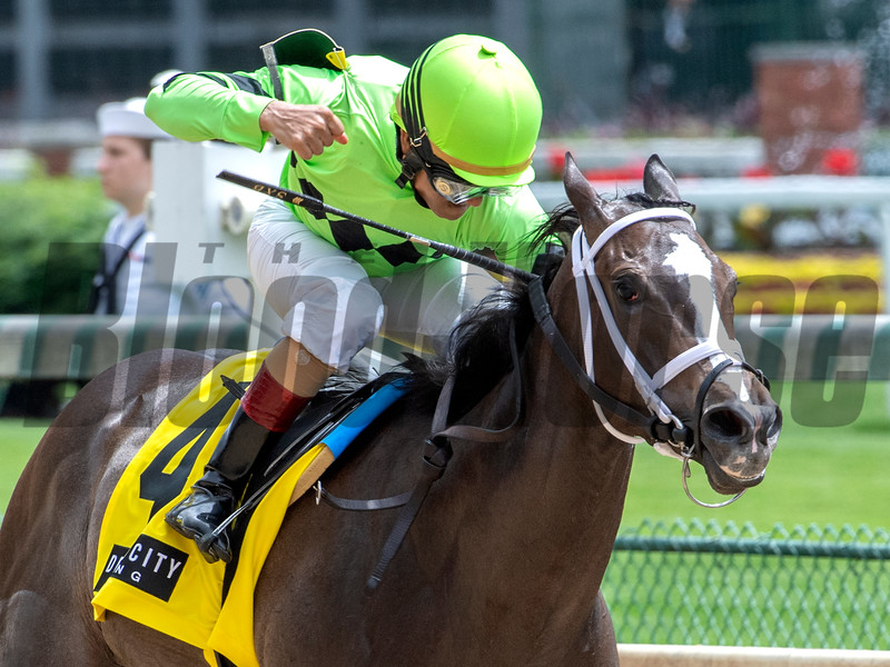 Break Even with jockey Shaun Bridgmohan in the saddle wins the 64th running of rthw Wifhr Vwllwa(GII) at Churchill Downs May 3, 2019 in Louisville, KY.  Photo by Skip Dickstein