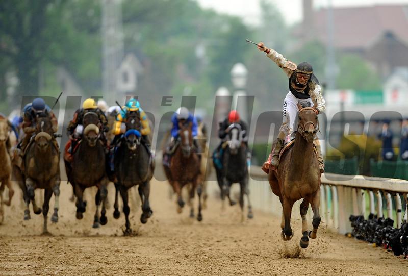 Calvin Borel Wins the 2009 Kentucky Derby on board Mine That Bird