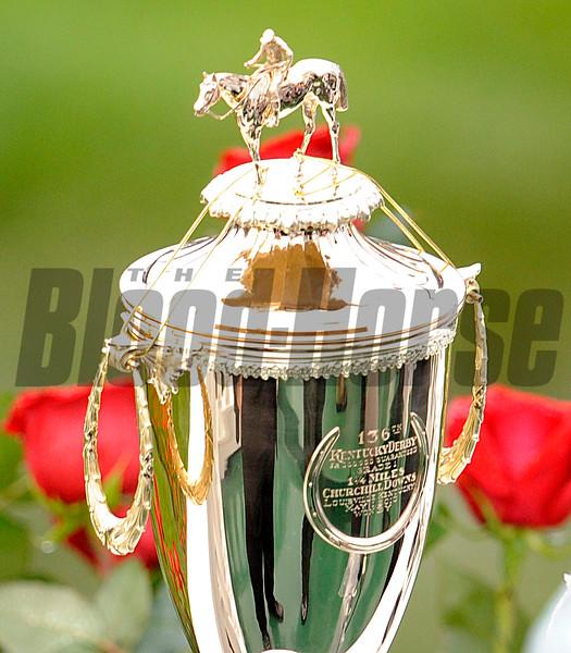 Kentucy Derby Trophy , Churchill Downs, louisville, KY 5/1/10, Mathea Kelley