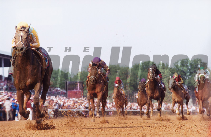 Monarchos wins the 2001 Kentucky Derby at Churchill Downs.<br /> Photo by: Skip Dickstein