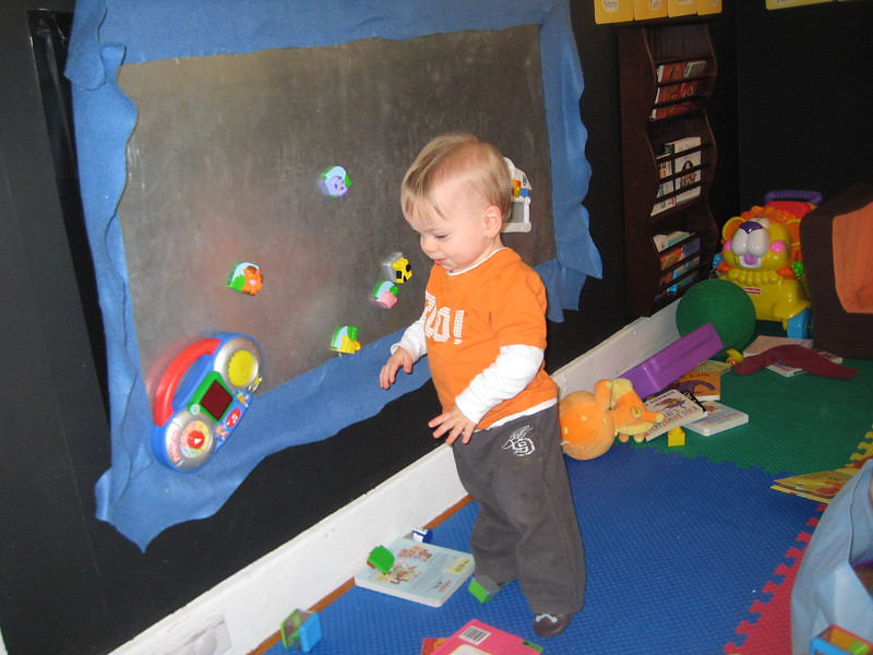 Playing at the magnetic board