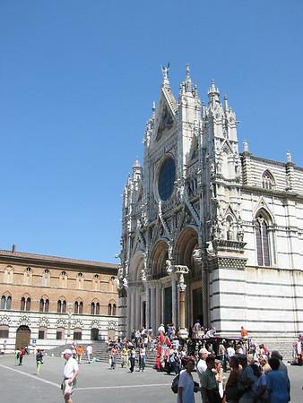 Siena + environs