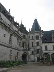 Chaumont -- interior courtyard