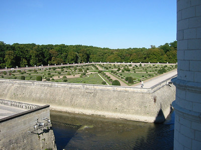 Chenonceau -- gardens and the moat