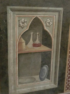 Santa Croce:  Baroncelli Chapel, one of the earliest still lifes in Western art; Taddeo Gaddi (14th C)