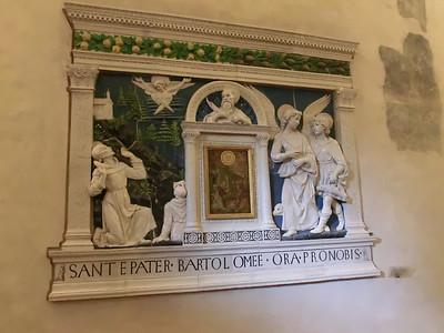 Santa Croce:  More della Robbia