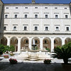 Monte Cassino: Entry courtyard