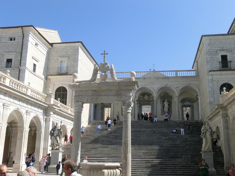 Monte Cassino:  Interior courtyard, with stairs leading up to church
