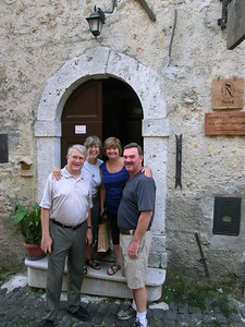 In front of Ca'Nena, our B&B in Pico,  with other guests
