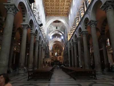Duomo:  Nave