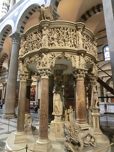 Duomo:  Pulpit by Giovanni Pisano (14th C)