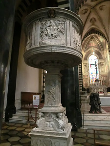 Cathedral of St. Stephen, Pulpit, Antonio Rossellino and Mino da Fiesole (15th C)