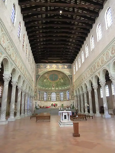 Basilica of Sant'Appolinare in Classe (6th C): View of the nave