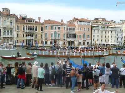Canottieri salute the crowd