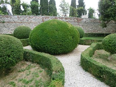 Garden, Via ai Nani