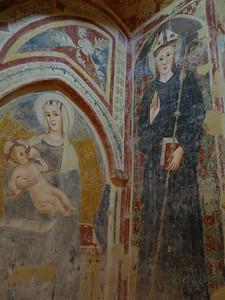 Offida -- Santa Maria della Rocca (interior frescoes)