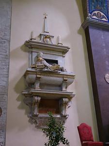 Duomo di Sant'Emidio -- interior