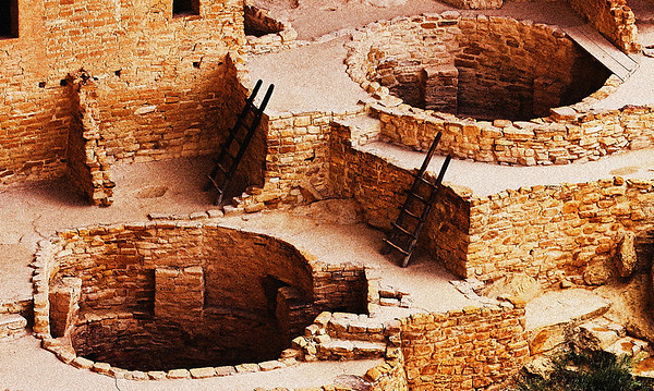 Anisazi cliff dwellings, kivas at Cliff Palace, Mesa Verde Nat. Pk. CO