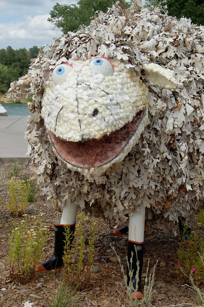 Faux sheep at Turtle Bay Park