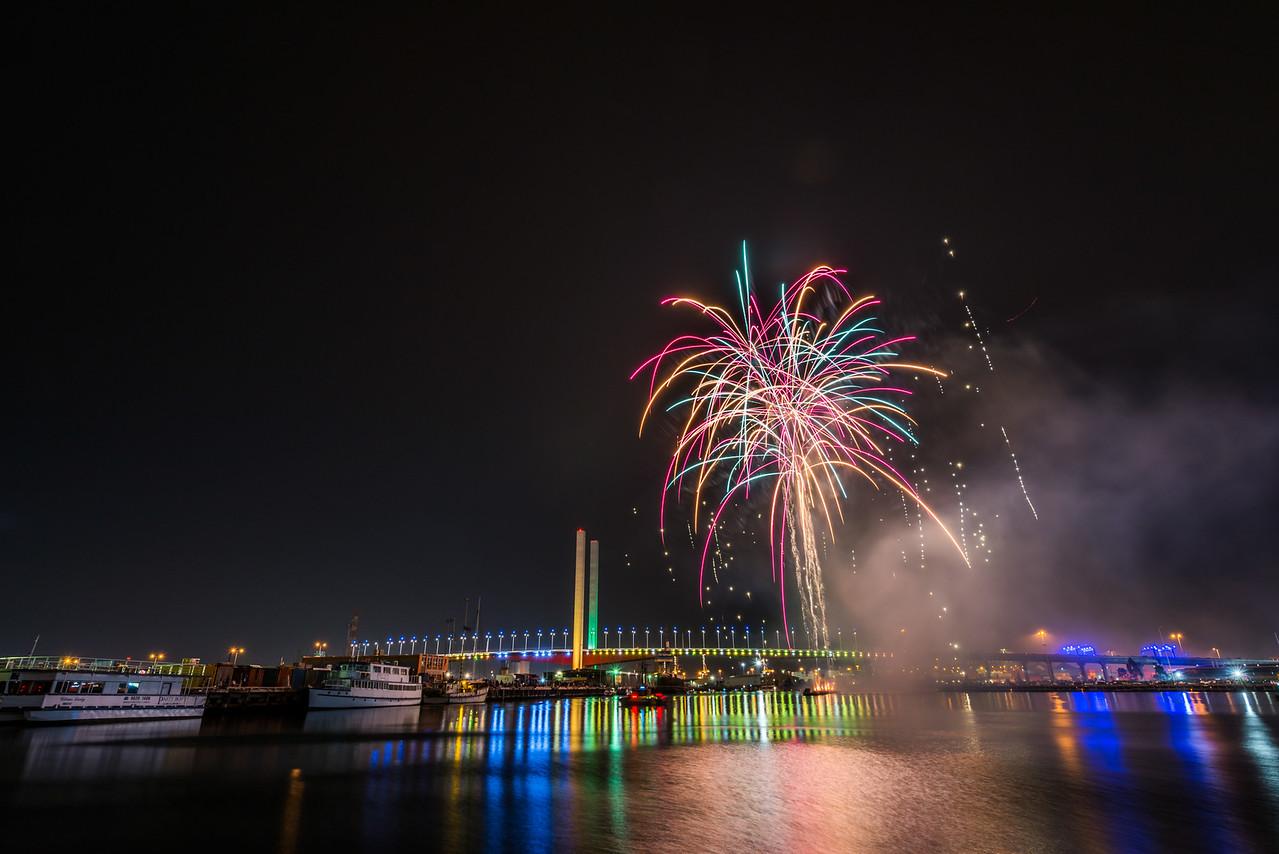 Australia Day Fireworks, Bolte Bridge