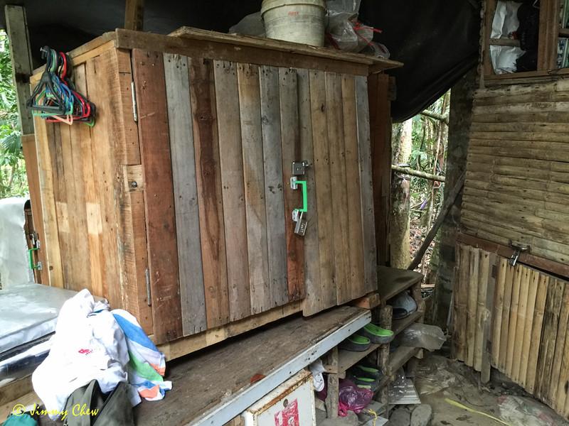 Storage cabinet 1.