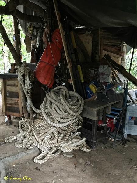 Ship's heavy duty rope.