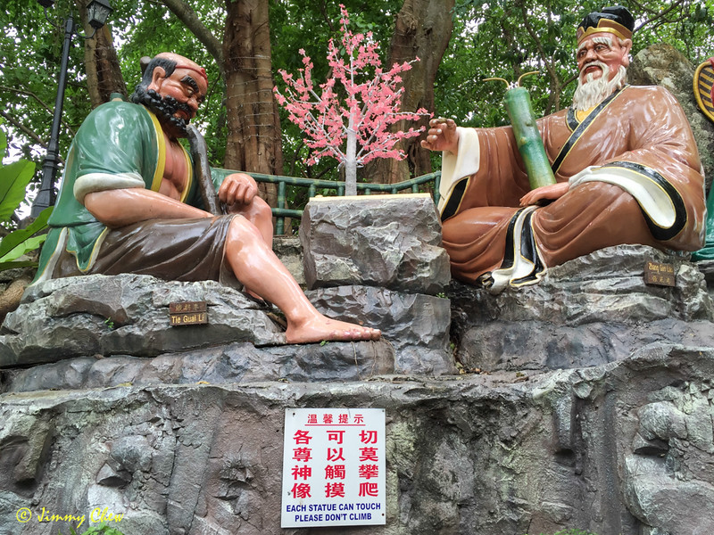 """""""Each statue can touch please don't climb"""""""
