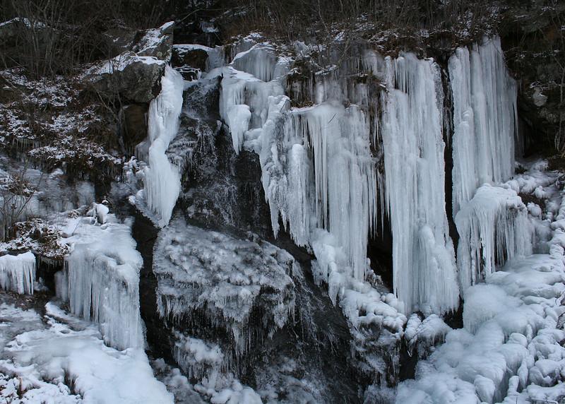 Ice along Highway 76 just before Dalton, GA