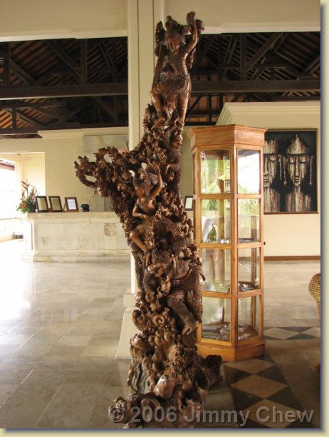 This sculpture is in Peninsula Hotel at Tanjung Benoa.