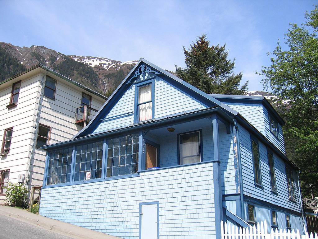 Blue house along Franklin Street
