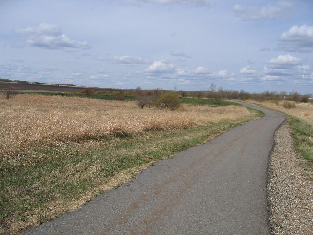 5/11/06 - Along the bike trail