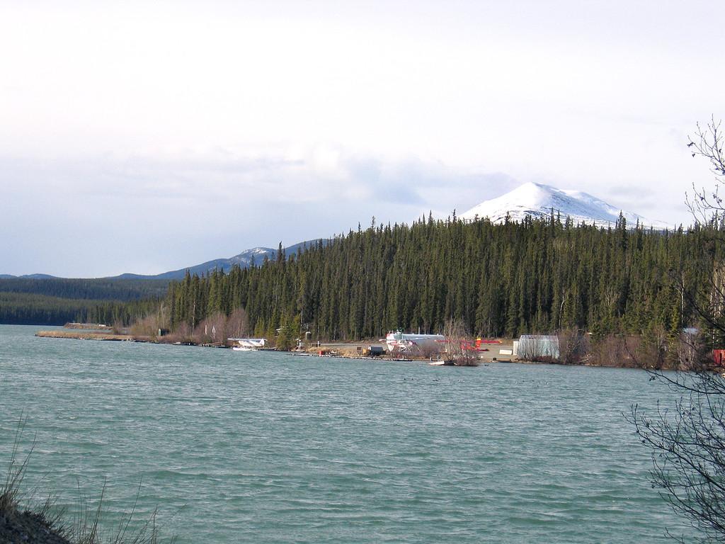 5/18/06 - Schwatka Lake for the dam