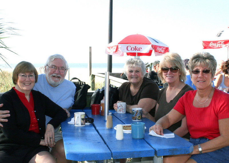 But first we stopped to visit Mike's sister, Patty (back right) and niece, Brenda (right foreground) for breakfast.  Mike and Susan are on left and Patty's friend, Carol, is middle right.