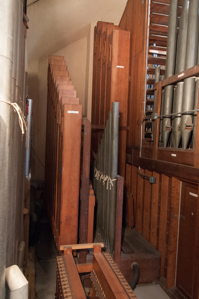 Some of the pipes of the Sperkels organ. Behind the pipes on the top right are more pipes located behind louvers used to control their volume.