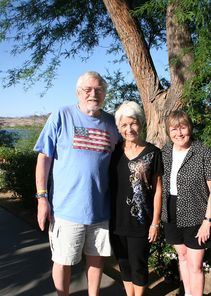 Mike, Maryl Metheany and Susan.  Maryl is an old friend of some 40 odd years.  It was just lucky she was in town the same time we were so we got to visit.