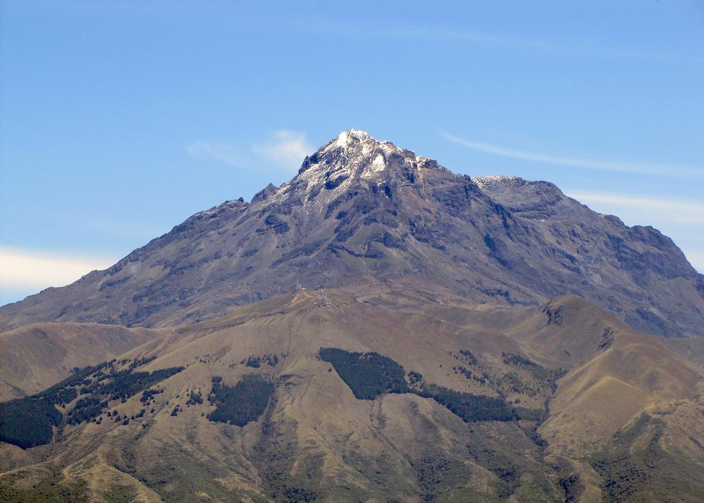 The volcano Cotacachi.