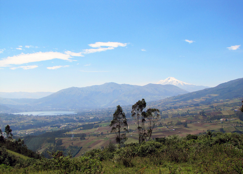 Lago San Pablo on left and the volcano Cayumbe on the right.