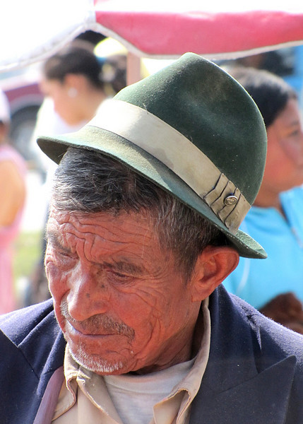 Closeup of the vendor; don't you love the character in his face