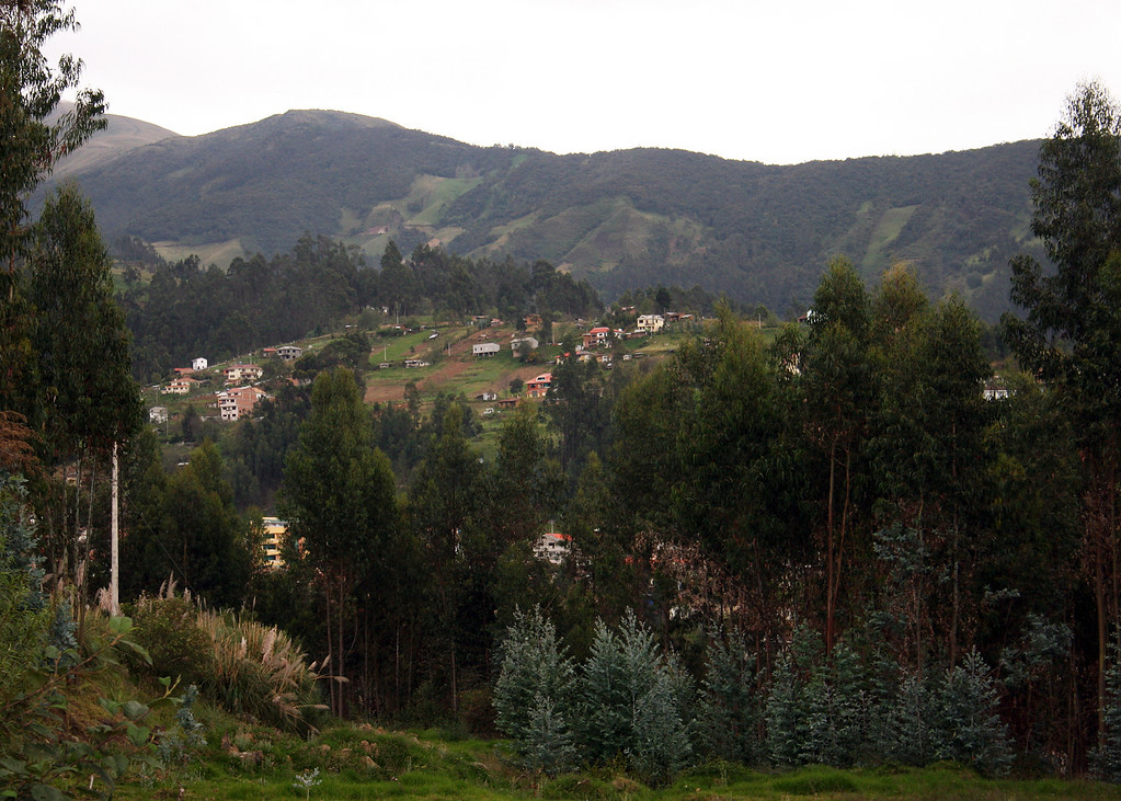 Our friends lived in San Joaquin, a little ways outside of Cuenca.  They have since moved into town.