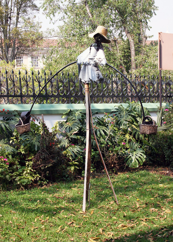 A whimsical figure in the yard at the Museo Bibliotec