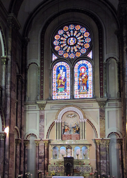 Inside the New Catedral or Catedral of Immaculate Conception started being built in 1880.