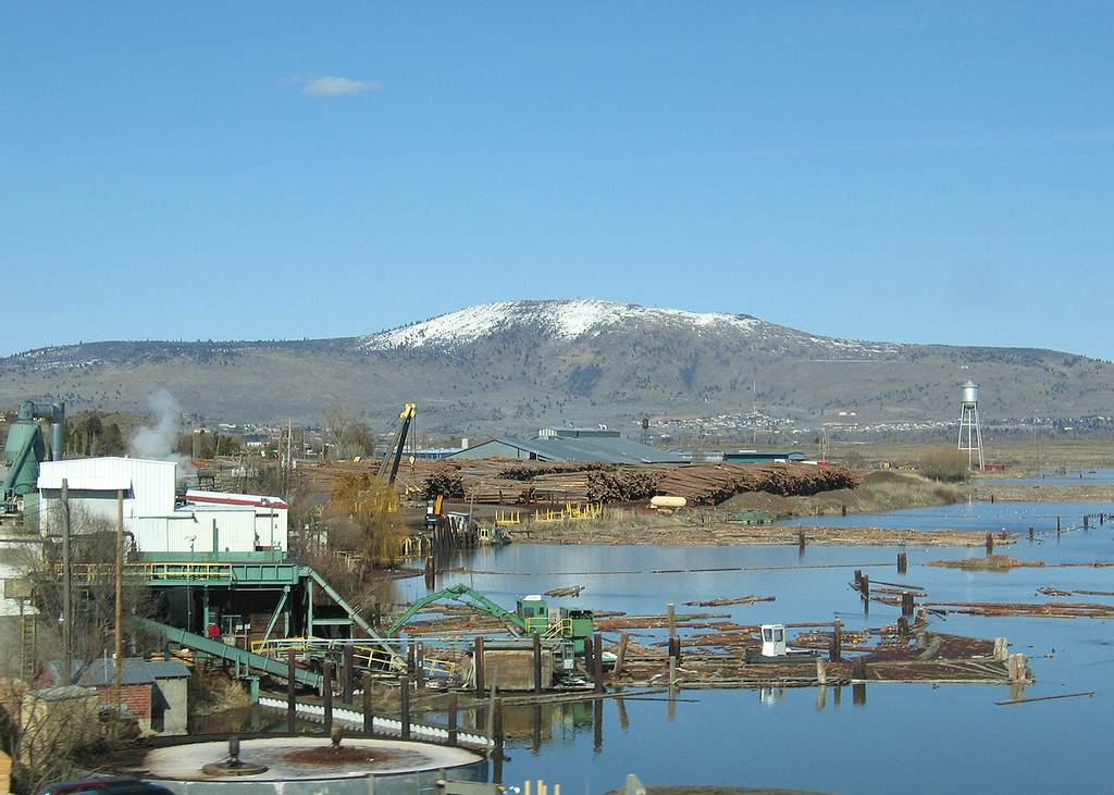 Coming into Klamath Falls, OR
